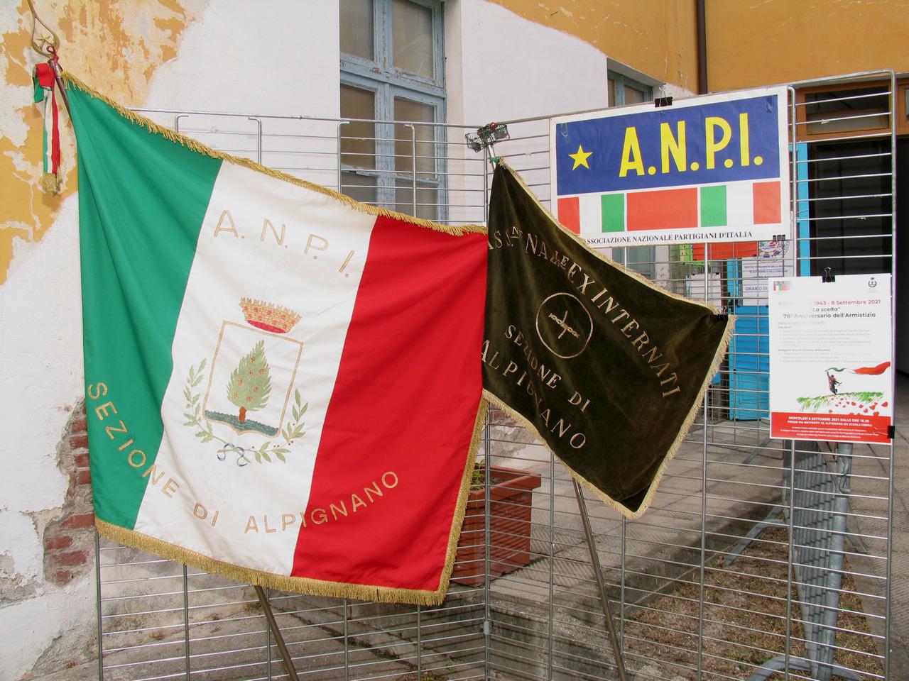 labari e bandiere di sezione